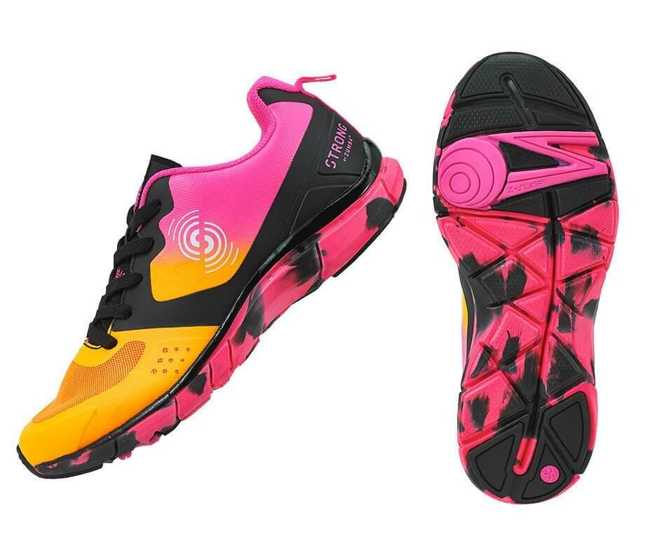 Scarpa per STRONG by Zumba modello Fly Fit