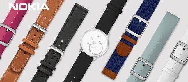 Alcuni cinturini di silicone e di pelle ufficiali Nokia