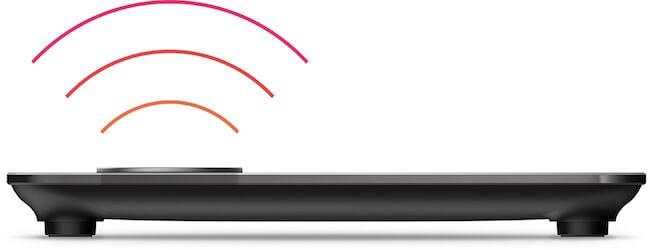 Fitbit Aria che invia segnali wireless