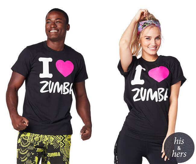 Un ragazzo e una ragazza vestiti con abbigliamento Zumba Wear