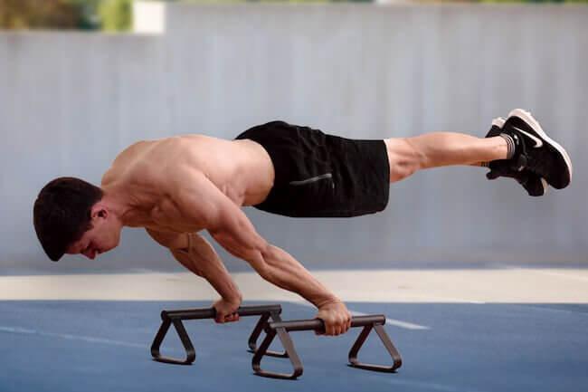Posizione Plank di Calisthenics